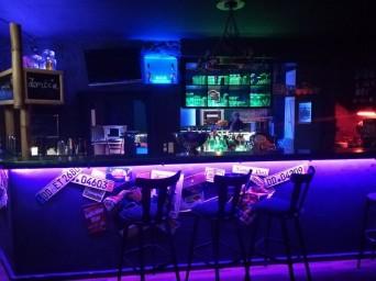Bar_Theke_blaues_Licht
